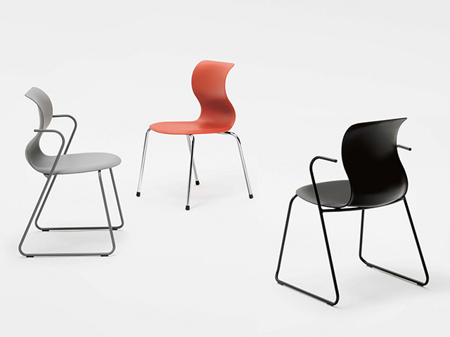 во категоријата мебел победи Chair Pro на Константин Грчиќ