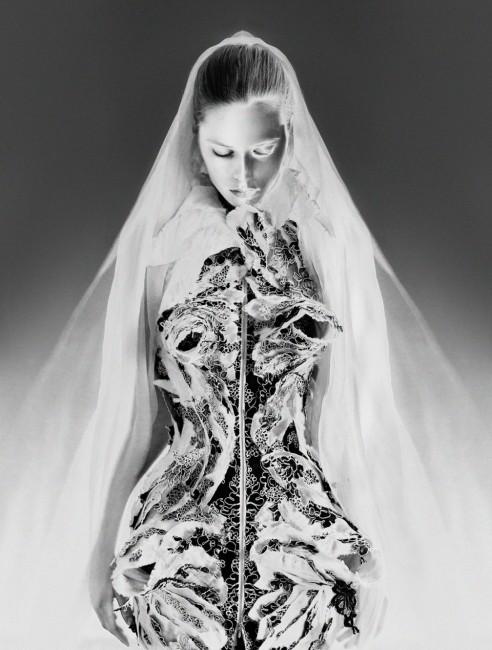 фустан - Том Браун