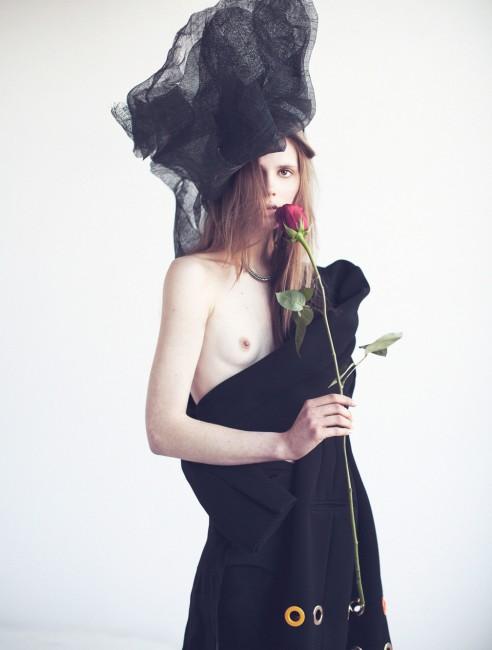 шапка - Џиџи Бурис, палто - Селин