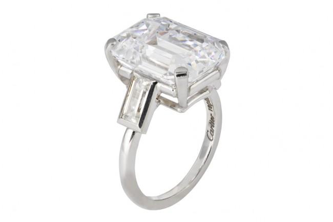 репродукција на вереничкиот прстен на Кели