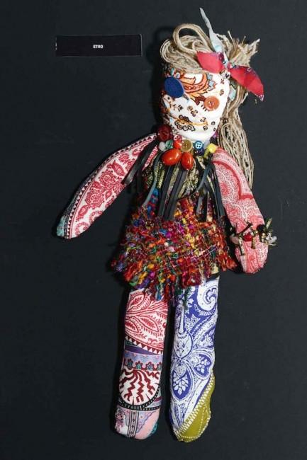 куклата на Етро