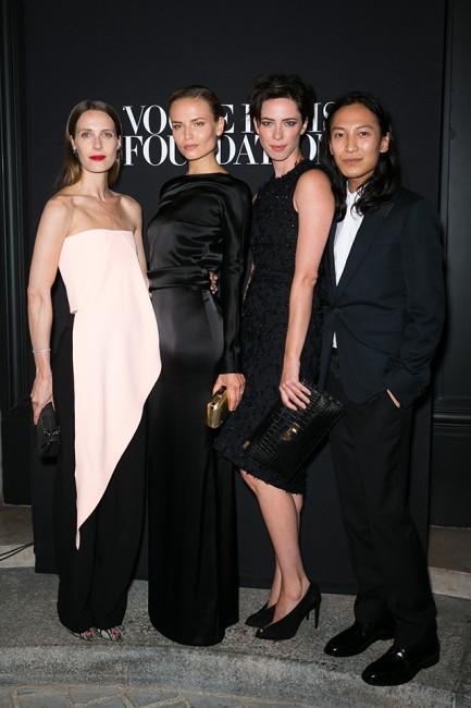 Vogue гала вечера: Ванеса Траина, Наташа Поли и Александар Ванг