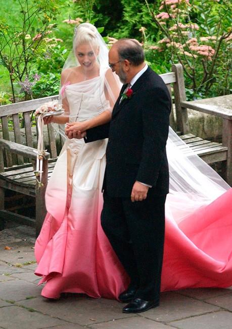 Гевн Стефани во венчаница на Галијано