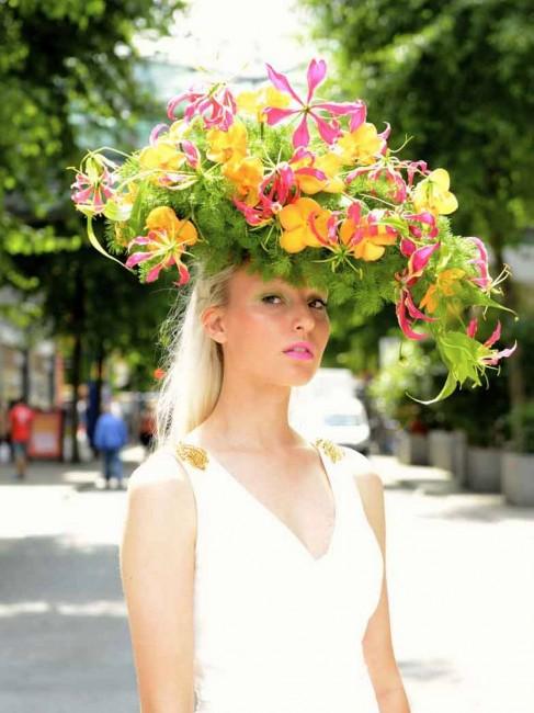 шапка од орхидеи