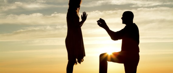Кутија за веренички прстен што запросувањето го прави неповторливо