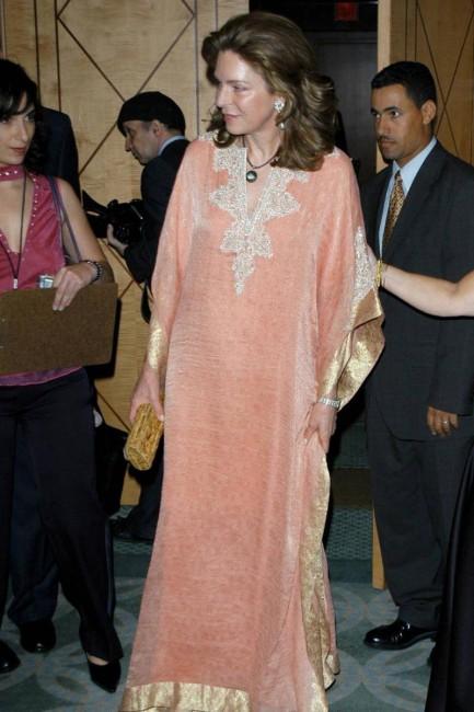 Кралицата на Јордан, Нур
