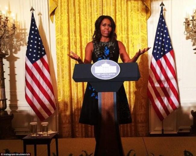 Првата дама на САД Мишел Обама во креација на Оскар де ла Рента