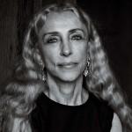 Престижна награда за уредничката на италијанскиот Вог