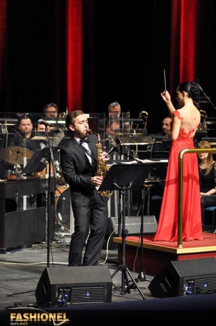Горан Папаз ја изведува The Girl from Ipanema