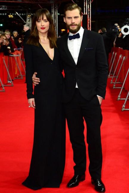 Главната актерска двојка на филмот, Дакота Џонсон и Џејми  Дорнан на светската премиера на Берлинскиот филмски фестивал