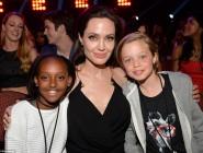 Порака на Анџелина Џоли до сите деца: Различното е добро!