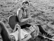 Хајди Клум и Педро Паскал во жешка љубовна приказна во новиот спот на Сиа