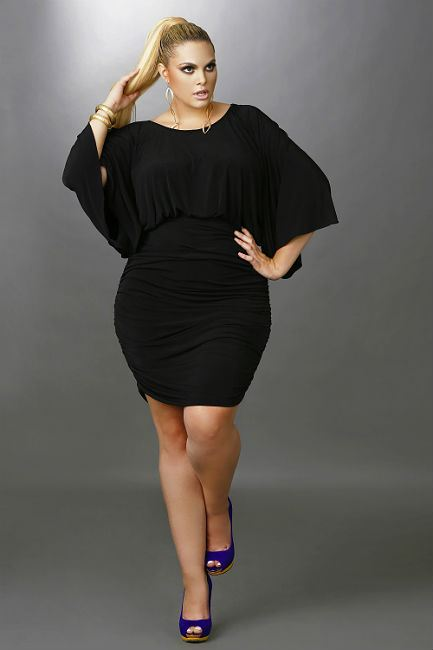 black-dresses-for-plus-size-women