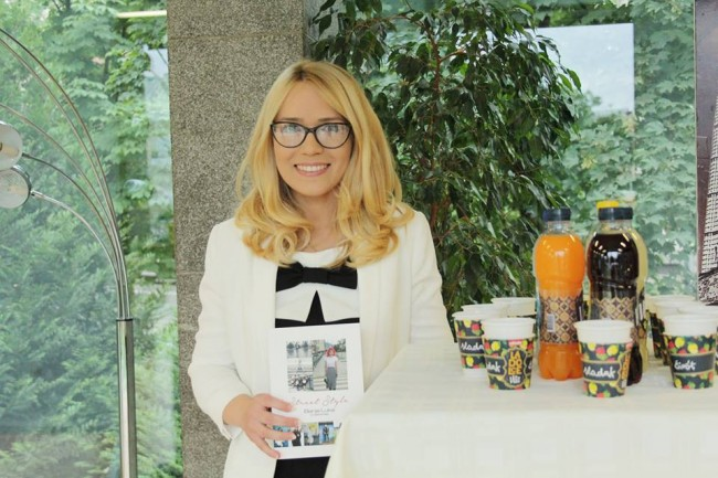 Даша Гајиќ на промоцијата на нејзината книга со фотографии